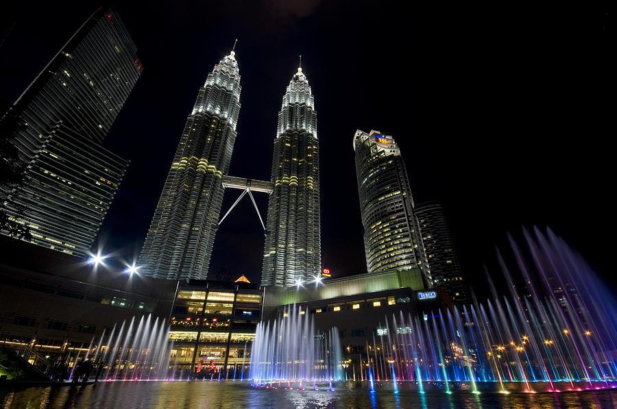 2560x1024 singapore night petronas - photo #28