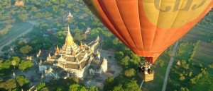 balloon-over-bagan