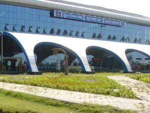 surat_airport