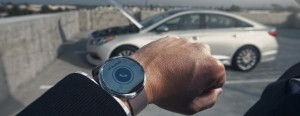 Hyundai-42539_Blue_Link_Smartwatch-798x310